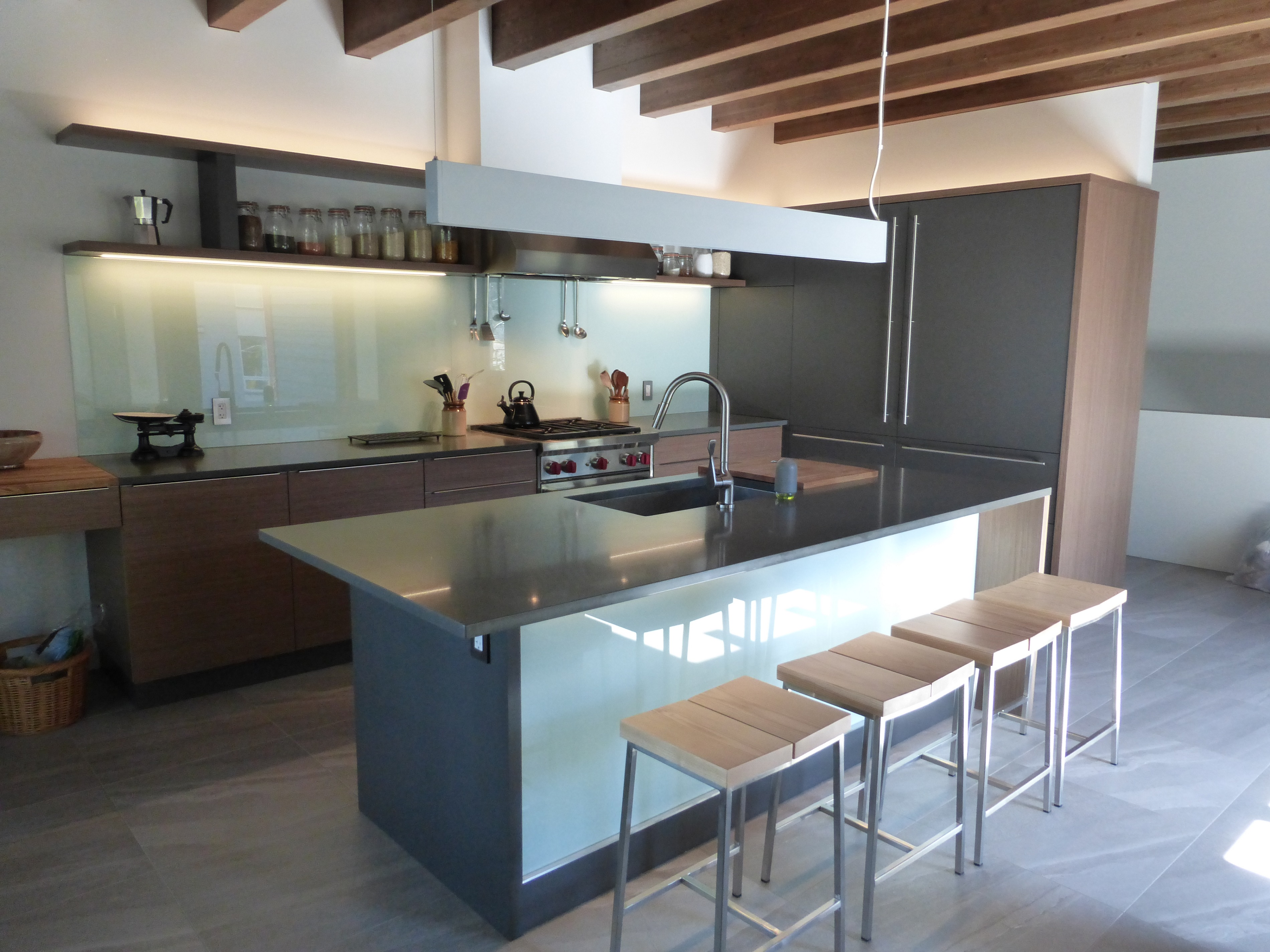 Cabinets r us showroom burnaby design merit kitchens cabinet previousnext solutioingenieria Image collections
